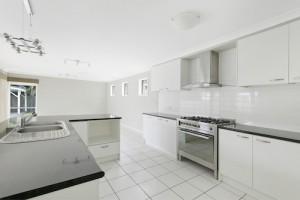 14 Wassell Street kitchen