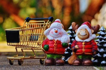 Take our Christmas Shopping Poll